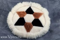 Мягкая подушка меховая с рисунком. Коврик из 100% меха альпака